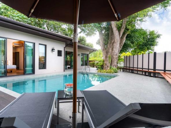 Modern 3-BR Villa in Nai Harn